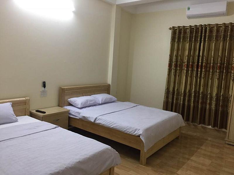 phòng 2 giường tại nhà nghỉ việt dũng hạ long