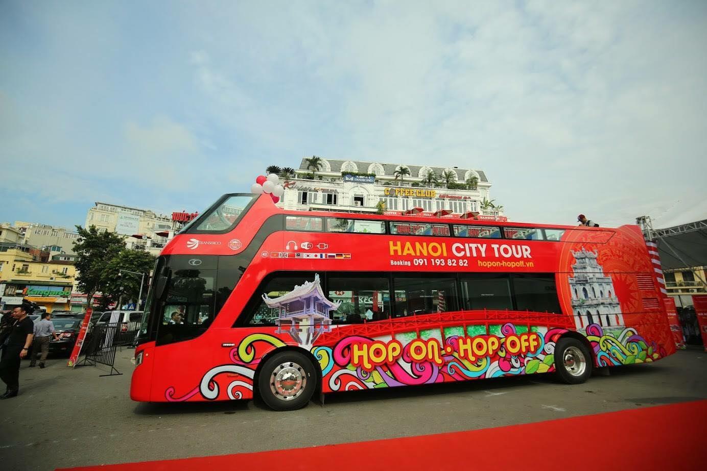 tuyến vận chuyển khách du lịch bằng xe buýt 2 tầng tại Hạ Long