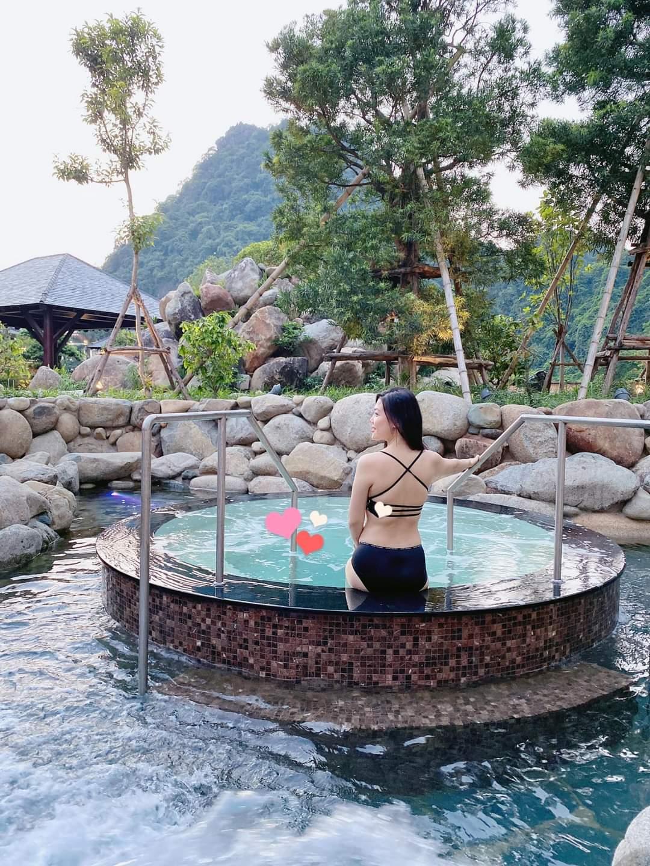Tắm suối khoáng nóng Yoko Onsen Quang Hanh